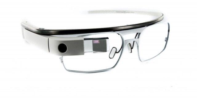 "Facebook ซุ่มควง Ray-Ban สร้างแว่นตาอัจฉริยะ ""Orion"""